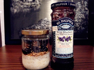 With blueberry jam as a sweetener.
